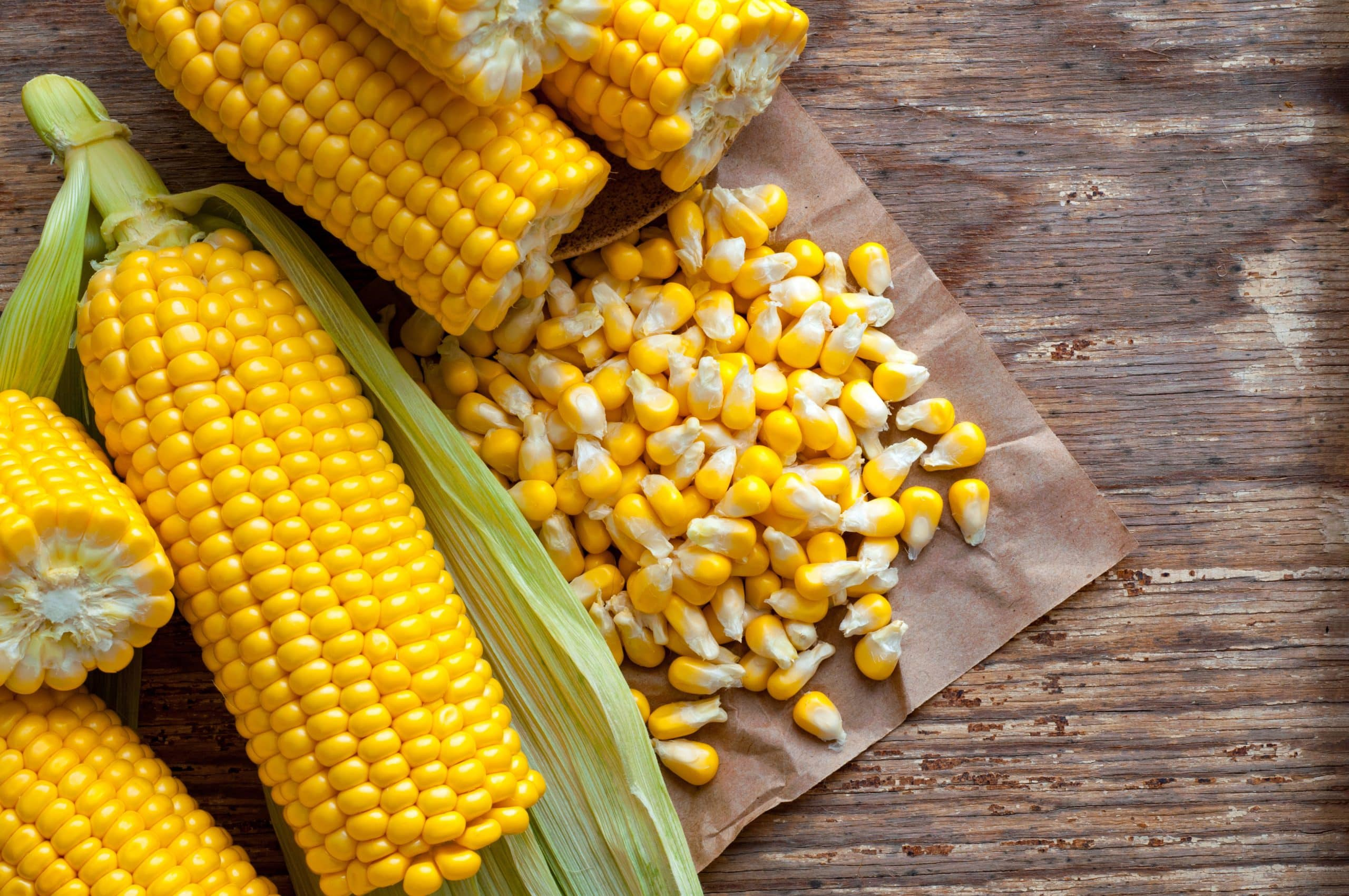 Yello w or white maize can be used for pap